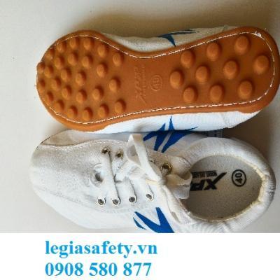 Giày XP - Giày Bóng Đá Trắng - Đế Vàng